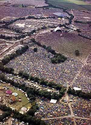 Between 100,000 and 200,000 people attend the festival every year!